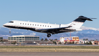 N711SX - Bombardier BD-700-1A10 Global Express - Private