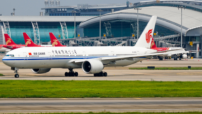 A picture of B2086 - Boeing 77739L(ER) - Air China - © ZGGG-Highwing