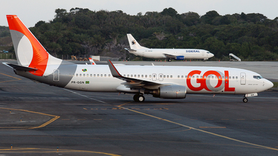 PR-GGN - Boeing 737-8EH - GOL Linhas Aereas