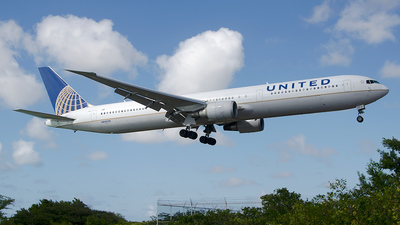 N69059 - Boeing 767-424(ER) - United Airlines