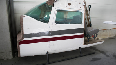YR-CFL - Reims-Cessna F152 - Fly Level