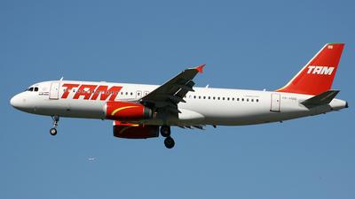 PR-MBB - Airbus A320-232 - TAM Linhas Aéreas