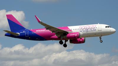 A picture of HALYB - Airbus A320232 - Wizz Air - © Donato Bolelli