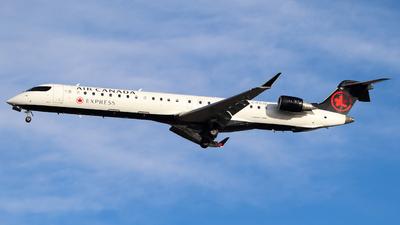 C-FCJZ - Bombardier CRJ-900LR - Air Canada Express (Jazz Aviation)