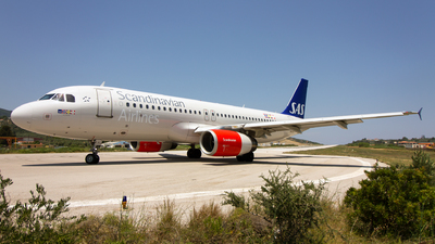 OY-KAL - Airbus A320-232 - Scandinavian Airlines (SAS)