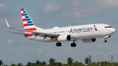 A picture of N902NN - Boeing 737823 - American Airlines - © Mark Lawrence