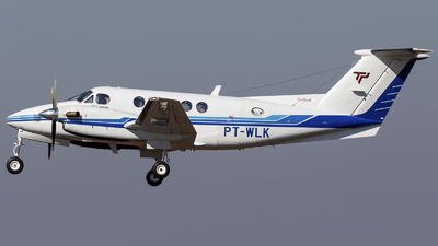 PT-WLK - Beechcraft B200 Super King Air - Private