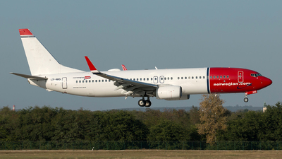 LN-NIG - Boeing 737-8JP - Norwegian