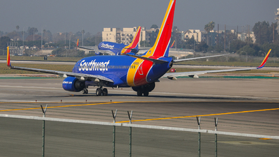 A picture of N7865A - Boeing 7377Q8 - Southwest Airlines - © KenKen Huang