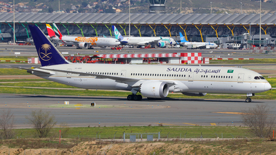 A picture of HZARD - Boeing 7879 Dreamliner - Saudia - © Óscar López Herrero