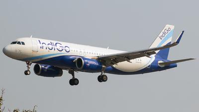 A picture of VTIFW - Airbus A320232 - IndiGo - © Aneesh Bapaye