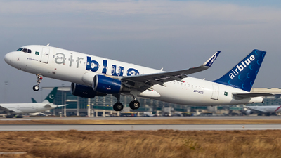 A picture of APEDG - Airbus A320214 - AirBlue - © Baqir Kazmi