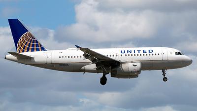 N810UA - Airbus A319-131 - United Airlines