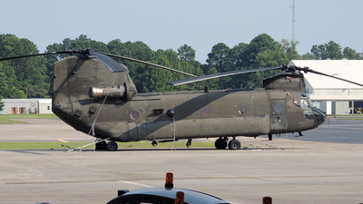 85-24338 - Boeing CH-47D Chinook - United States - US Army