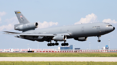 87-0122 - McDonnell Douglas KC-10A Extender - United States - US Air Force (USAF)