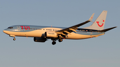 G-TAWK - Boeing 737-8K5 - TUI