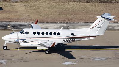 N350AB - Raytheon King Air 350 (B300) - Deer Horn Aviation