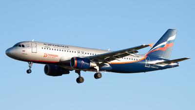 A picture of VPBIW - Airbus A320214 - Aeroflot - © Andrei Kurach