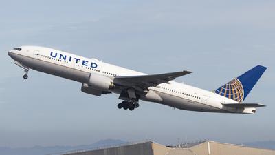 N773UA - Boeing 777-222 - United Airlines