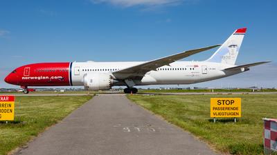 LN-LNU - Boeing 787-9 Dreamliner - Norwegian