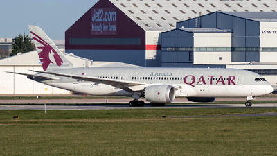 A picture of A7BCH - Boeing 7878 Dreamliner - Qatar Airways - © Charles Cunliffe
