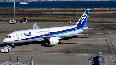 JA817A - Boeing 787-8 Dreamliner - All Nippon Airways (ANA)