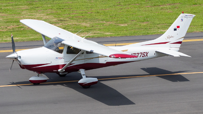 HP-1737SX - Cessna 182S Skylane - Private