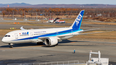 A picture of JA816A - Boeing 7878 Dreamliner - All Nippon Airways - © shinya