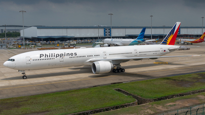A picture of RPC7775 - Boeing 7773F6(ER) - Philippine Airlines - © Wei Zhongyu