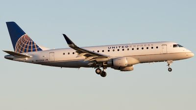 A picture of N602UX - Embraer E175LL - United Airlines - © Davin Amy