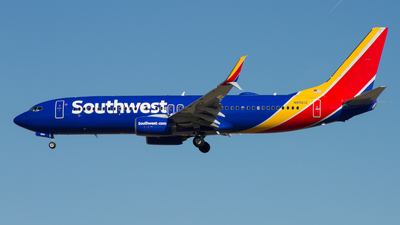 N8561Z - Boeing 737-8H4 - Southwest Airlines