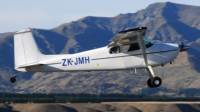 ZK-JMH - Cessna 180A Skywagon - Private