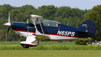 N65PS - Pitts S-2B Special - Private