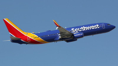 N8318F - Boeing 737-8H4 - Southwest Airlines