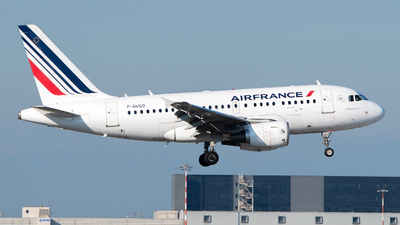 A picture of FGUGO - Airbus A318111 - Air France - © Medolago Manuel