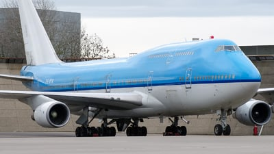 PH-BFR - Boeing 747-406(M) - Untitled