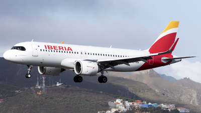EC-NDN - Airbus A320-251N - Iberia
