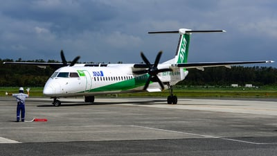 JA858A - Bombardier Dash 8-Q402 - ANA Wings