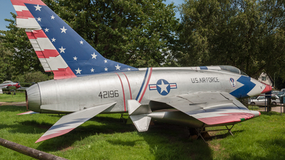 54-2196 - North American F-100D Super Sabre - United States - US Air Force (USAF)