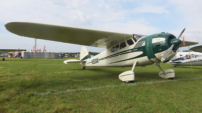 N55M - Cessna 195 - Private