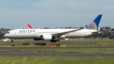 A picture of N35953 - Boeing 7879 Dreamliner - United Airlines - © Tim Burnett