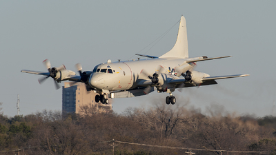 - Lockheed P-3C Orion - United States - US Navy (USN)