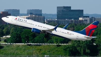 N837DN - Boeing 737-932ER - Delta Air Lines