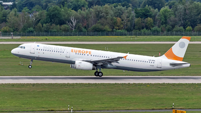 A picture of LZHEA - Airbus A321231 - Holiday Europe - © Sebastian Thiel