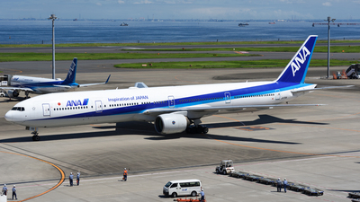 JA751A - Boeing 777-381 - All Nippon Airways (ANA)