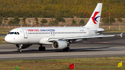 B-2413 - Airbus A320-214 - China Eastern Airlines