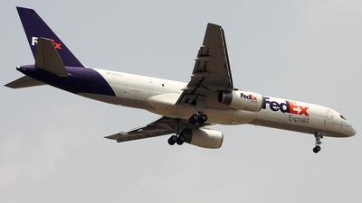 N914FD - Boeing 757-28A(SF) - FedEx