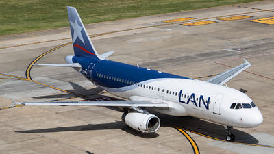 A picture of LVBHU - Airbus A320233 - LATAM Airlines - © Mariela Camerano
