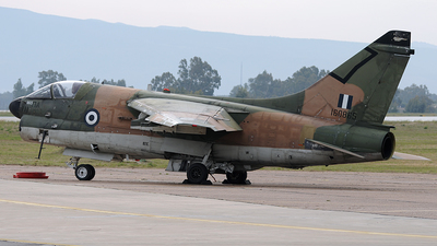 160865 - LTV A-7E Corsair II - Greece - Air Force