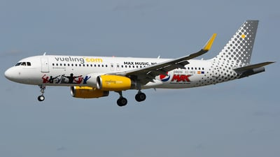 EC-MEQ - Airbus A320-232 - Vueling Airlines